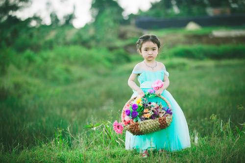 """Bé gái Lâm Đồng đẹp như thiên thần """"đốn tim"""" dân mạng - 7"""