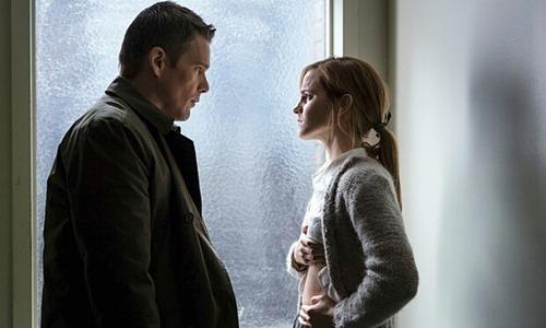 """Emma Watson đột phá ấn tượng với phim kinh dị """"nặng đô"""" - 2"""