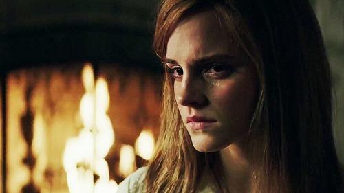 """Emma Watson đột phá ấn tượng với phim kinh dị """"nặng đô"""" - 3"""