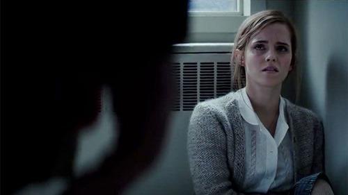 """Emma Watson đột phá ấn tượng với phim kinh dị """"nặng đô"""" - 4"""