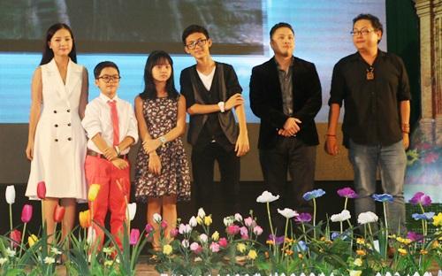 """Dàn sao nhí """"Hoa vàng, cỏ xanh"""" được chào đón ở Phú Yên - 13"""