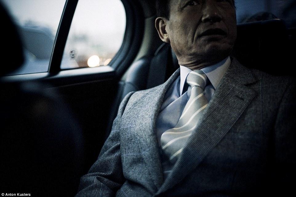 Ảnh: Bên trong thế giới tội phạm ngầm Nhật Bản - 7