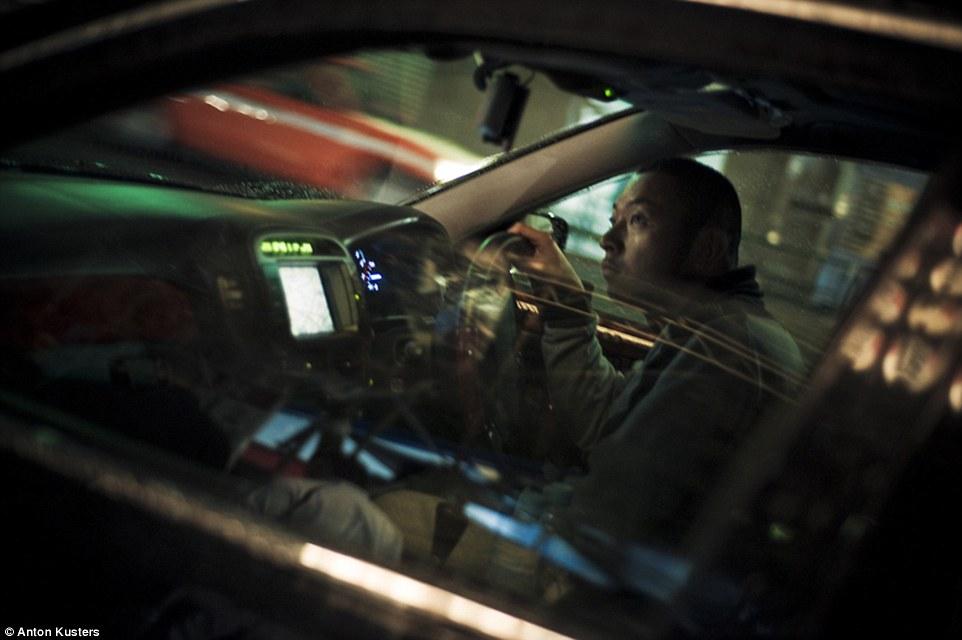 Ảnh: Bên trong thế giới tội phạm ngầm Nhật Bản - 9