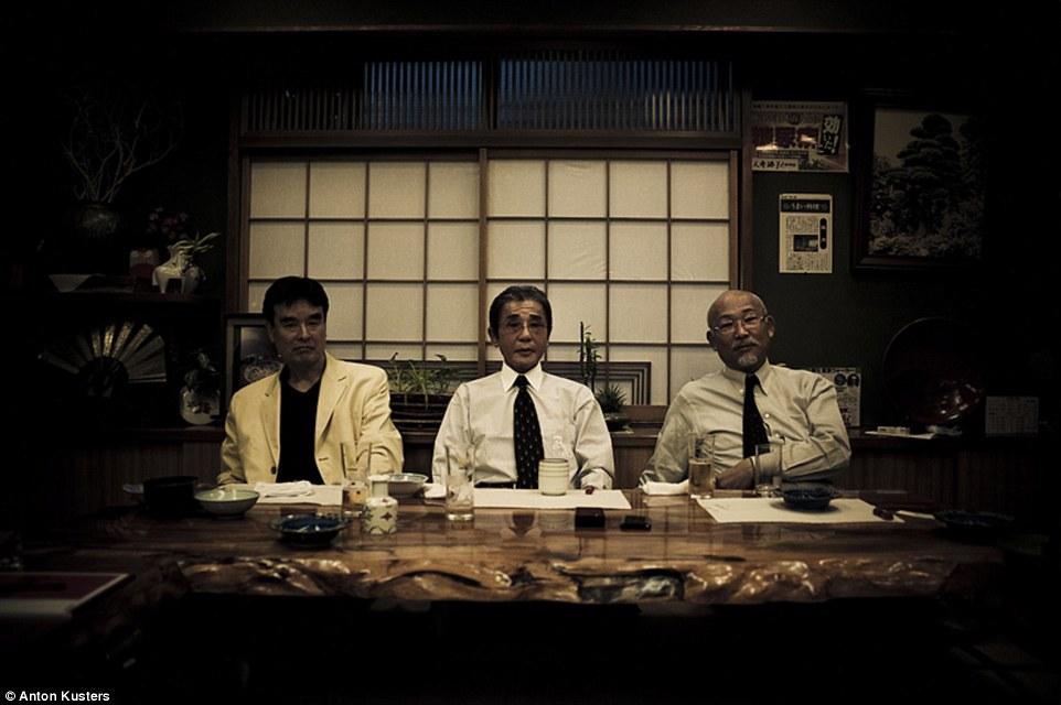 Ảnh: Bên trong thế giới tội phạm ngầm Nhật Bản - 15