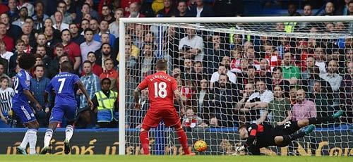 Chelsea sớm mở điểm, Mourinho vẫn mặt lạnh - 1