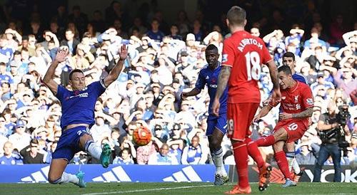 Coutinho rực sáng, đẩy Chelsea vào bể khổ - 1