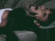 Ca nhạc - MTV - Sởn da gà với ảnh Halloween kinh dị của Lê Kiều Như