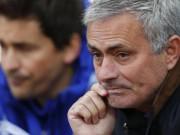 Bóng đá - Chelsea sớm mở điểm, Mourinho vẫn mặt lạnh
