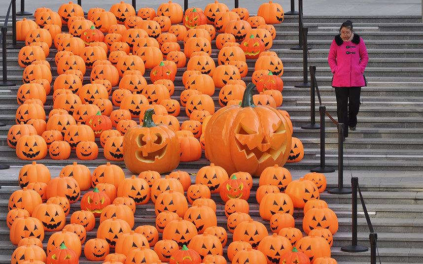Không khí ma quái trong lễ hội Halloween trên khắp TG - 6