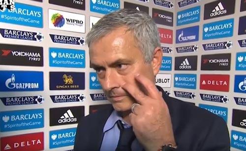 """Mourinho sắp nhận """"quà chia tay"""" gần chục triệu bảng - 2"""