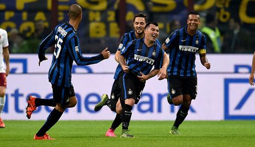Inter - Roma: 1 bàn thắng và 1 thủ môn - 1