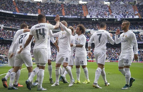 """Real Madrid: Vững tin trước chặng """"leo núi"""" - 2"""
