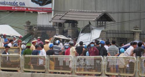 Bình Phước: Tai nạn kinh hoàng, 3 người chết, 4 người bị thương - 1