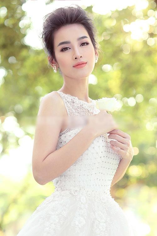 Tú Vi đẹp tựa thiên thần trong bộ ảnh cưới - 1