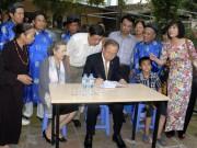 Tin tức trong ngày - Tổng thư ký LHQ viết gì khi về thăm nhà thờ họ Phan Huy?