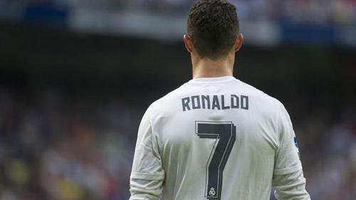 Bỏ qua Messi, CR7 tự nhận mình xuất sắc nhất thế giới - 2