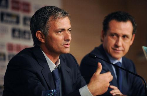 """Mourinho chỉ """"bình thường"""" như bao HLV khác - 1"""