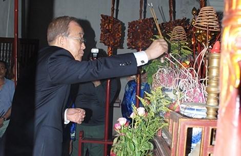 Phó Thủ tướng Phạm Bình Minh: Ông Ban Ki-moon đã đến nhà thờ họ Phan Huy - 1