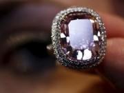 Thị trường - Tiêu dùng - Nhìn gần viên kim cương được 'hét giá' hơn 500 tỷ đồng