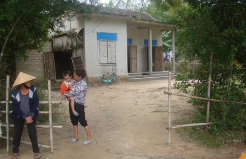 Bé gái hơn 2 tháng tuổi tử vong dưới giếng làng - 2