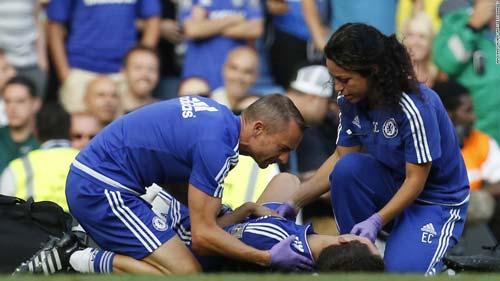 Chelsea: Thà chọn Mourinho còn hơn sống với Hazard - 2