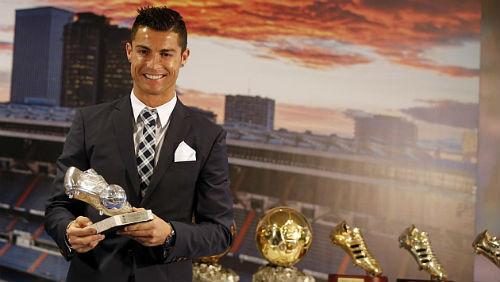 Ronaldo bóng gió chia tay Real Madrid - 1