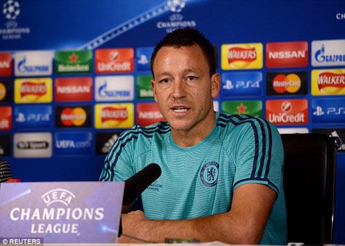 Terry khẳng định 100% cầu thủ ủng hộ Mourinho - 1