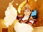 Ca nhạc - MTV - Quán quân The Voice Kids Hồng Minh hóa búp bê Nga