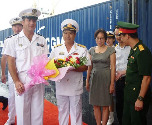 Tàu tuần dương Hải quân Pháp cập cảng Đà Nẵng - 2