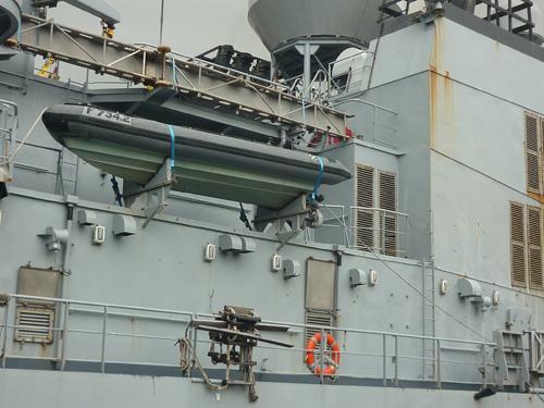 Cận cảnh tàu tuần dương Hải quân Pháp vừa đến Đà Nẵng - 3