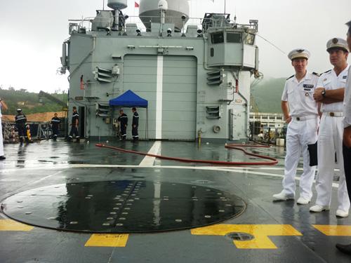 Cận cảnh tàu tuần dương Hải quân Pháp vừa đến Đà Nẵng - 6