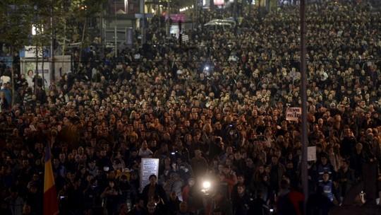 Thủ tướng Romania từ chức vì vụ cháy hộp đêm - 2
