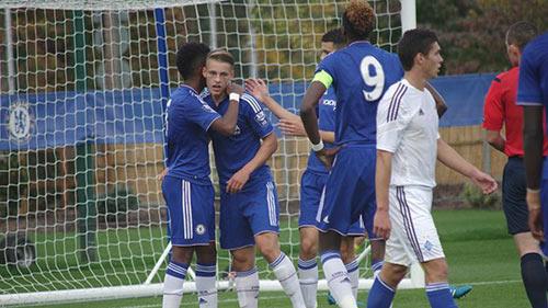 Chi tiết Chelsea - Dynamo Kyiv: Cứu tinh Willian (KT) - 9