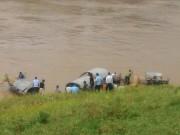 Tin tức trong ngày - Được can ngăn, nam thanh niên vẫn nhảy sông tự vẫn