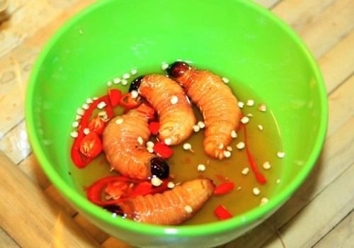 Những đặc sản nhìn thì ghê nhưng ăn là mê của Việt Nam - 1