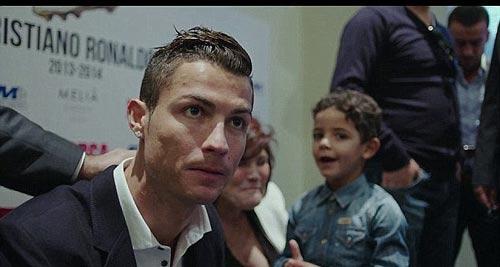C.Ronaldo suýt nữa không sinh ra trên đời - 1