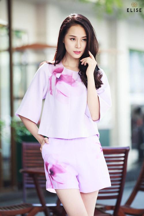 Quý cô Việt kiêu kỳ với sắc hoa trà đại đóa - 11