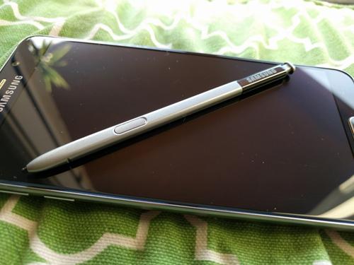 """Đánh giá chi tiết Samsung Galaxy Note 5: Thay đổi để """"lột xác"""" - 4"""