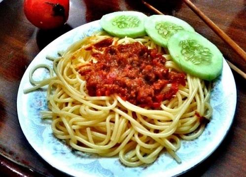Cách làm spaghetti sốt cà chua bò băm đơn giản nhất - 4