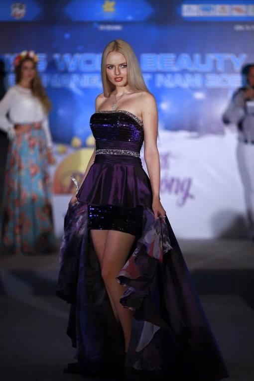 """""""Miss World Beauty 2015"""" bị đình chỉ sát giờ diễn - 1"""
