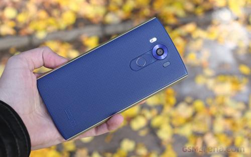 Đánh giá smartphone 2 màn hình LG V10 - 4
