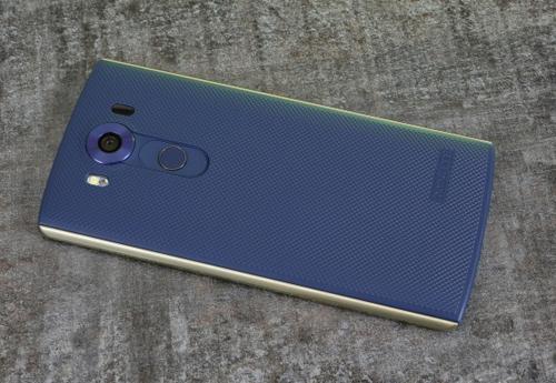 Đánh giá smartphone 2 màn hình LG V10 - 8