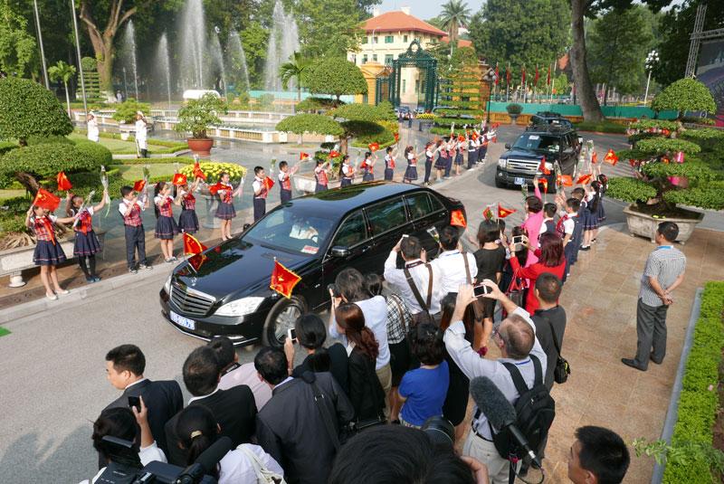 Cận cảnh Lễ đón Chủ tịch Trung Quốc Tập Cận Bình - 1