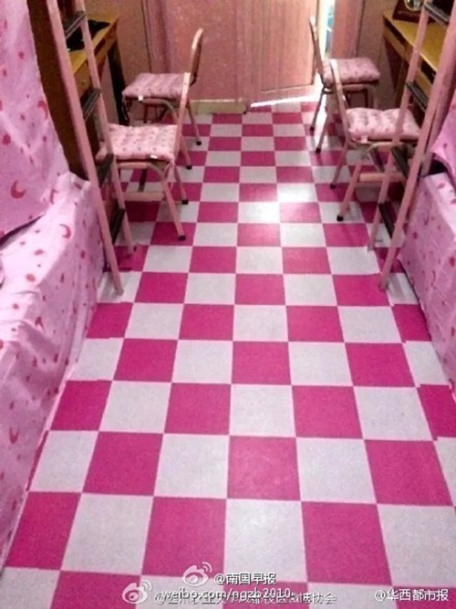 Phòng ký túc nam ngập tràn sắc hồng như công chúa - 2