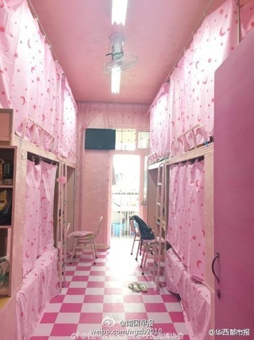 Phòng ký túc nam ngập tràn sắc hồng như công chúa - 6