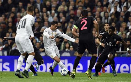 Tiêu điểm lượt 4 cúp C1: Bayern đẩy Arsenal đến vực thẳm - 2