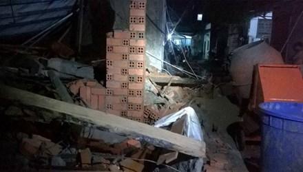 Sập nhà đang xây tại TPHCM, 11 người thương vong - 1