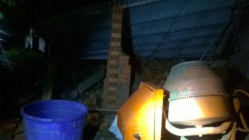Sập nhà đang xây tại TPHCM, 11 người thương vong - 6