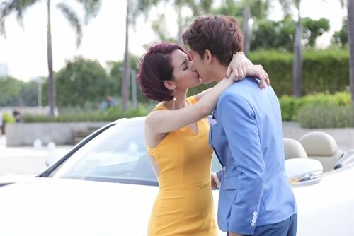 """Quỳnh Chi hụt hẫng vì """"nụ hôn dở dang"""" với B Trần - 3"""