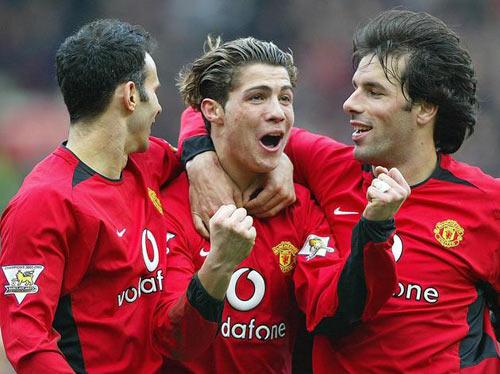 """Van Nistelrooy bật bãi khỏi MU vì """"sút"""" Ronaldo - 2"""